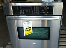 Scratch and Dent Whirlpool 30  Single Connection Wall Oven Stainless Steel