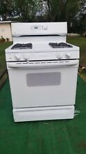 GE gas range 30   broil  bake  white clean  Locally  in 33614 Tampa pickup