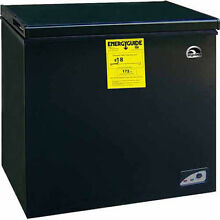 Igloo 5 1 cu ft Chest Freezer  Black