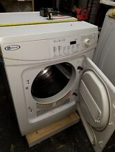 220 V compact  apartment size   24  wide  vented clothes dryer  with warranty