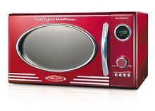 Powerful 800 watt Classic Retro Design 0 9 Cubic Foot Microwave Oven Red