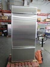 GE MONOGRAM 36  STAINLESS STEEL BUILT IN BOTTOM FREEZER FLAWLESS STAINLESS DOORS