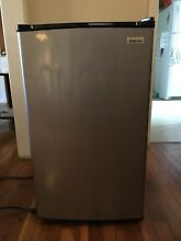 Pickup Only Magic Chef Mini Fridge   Refrigerator Stainless steel Black