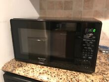 EXCELLENT CONDITION SHARP CAROUSEL MICROWAVE 1100W  BLACK