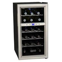 Koldfront 18 Bottle Dual Zone Freestanding Thermoelectric Wine Cooler TWR181ES