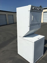 Whirlpool WET3300XQ White Dryer   Stacked Washing Machine excellent condition
