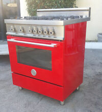 Bertazzoni 30 Inch Pro style Gas Range With 4 Sealed Burners mod X304GGVRO 01