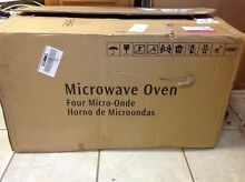 Frigidaire Microwave FFMV164LS   1 6 cu ft Over The Range   Stainless Steel