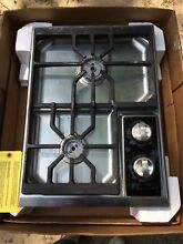 NEW  Wolf CT15G S 15 Inch Gas Cooktop 2 Dual Stacked Stainless Steel DISPLAY VG