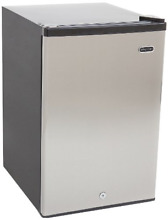 Whynter CUF 210SS Energy Star Upright Freezer  2 1 Cubic Feet