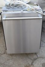 Thermador Topaz Series DWHD640JFP 24  Pro Stainless steel Dishwasher