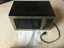 LG 1 1 Cu ft Stainless Steel Microwave   Model LCS0712ST Dorm Apt Free Shipping