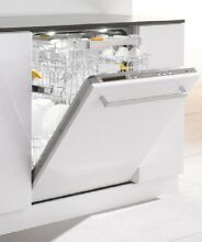 Miele Futura Diamond Series G5975SCVI Fully Integrated Dishwasher Panel Ready