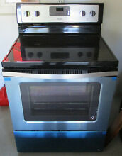 NEW Whirlpool 110881 5 3 Cu Ft Single Oven Freestanding Electric Range Stainless