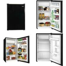 3 3 cu  ft  Mini Fridge in Black