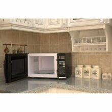 Emerson 1 2 Cu  Ft  1100W Black Microwave with Grill