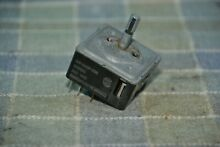 JennAir Maytag Whirlpool Range Surface Burner Switch INF 240P 998 or 203650 S156
