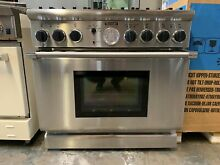 Thermador PD366BS 36 Inch Pro Style Dual Fuel Range 6 Sealed Star Burners