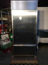 Sub Zero Model 650 Refrigerator Freezer with Ice Maker 1999