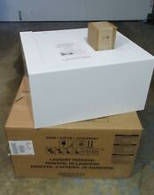 Whirlpool WFP24GW in White Laundry Pedestal for Front Load Washer or Dryer