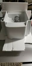 GE Side by Side Refrigerator ice bin with auger