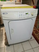 Maytag MDE2400AY 220 V  Compact 24  Wide Clothes Dryer  local pickup in NY area