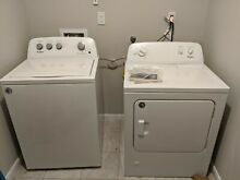LESS THAN A YEAR OLD   Whirlpool Gas Washer   Dryer Set  Excellent Condition