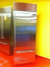 30  Subzero Refrigerator Freezer BI30USTHRH  New 2016 Model