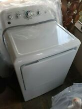 General electric GE white washer 4 2 and dryer 7 2 set used