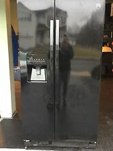 Kenmore Coldspot 25 cubic feet refrigerator  BLACK color