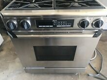 30  Dual Fuel Propane And 220v Elec Dacor Range Stainless Steel