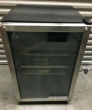 Frigidaire Stainless Freestanding Beverage Center 138 Can 12 Oz  FFBC4622QS