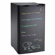 3 2 cu ft Igloo FR326 Eraser Board Mini Refrigerator in Black   Refurbished