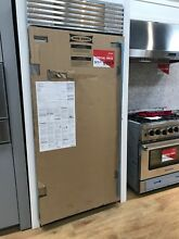 Bi 36f s th lh Sub Zero Built in Freezer