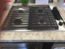 CG304TS WOLF 30  GAS COOKTOP DISPLAY MODEL