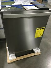 G4977SCVISF MIELE 24  CLASSIC PLUS DISHWASHER  STAINLESS NEW OUT OF BOX