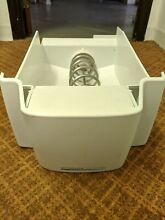 GE REFRIGERATOR ICE CONTAINER PART   WR30X10045