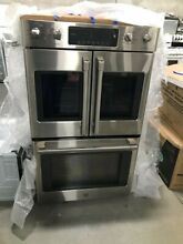 CT9570SLSS  CAFE 30  FRENCH DOOR DOUBLE WALL OVEN STAINLESS DISPLAY MODEL