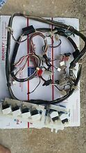 Kenmore Elite  Automatic Washer 110 21062000 Harness   Valves   Overload