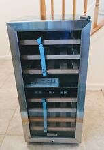 Thermoelectric Wine Cooler  Dual zone  digital control