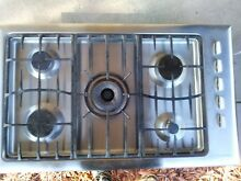Used FISHER PAYKEL 36  GAS COOKTOP STAINLESS STEEL 5 BURNERS
