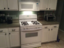 Used Kitchen Appliances    Whirlpool  Stove  Microwave  and Dishwasher
