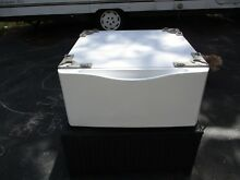 ONE  1  796 51022900 27  Washer or Dryer Pedestal White Kenmore