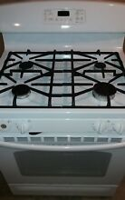 GE JGB281 30  Freestanding Gas Range   White