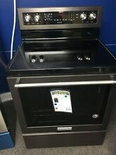 KitchenAid 30  5 element Electric Convection Range