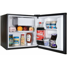 Refrigerator 1 7 cu ft single door compact Office or college dorm Black