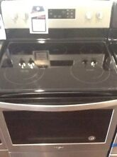 Whirlpool Stainless Steel Electric Range WFE525S0HZ