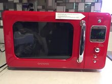 Daewoo Retro Microwave Oven 0 7 cu  ft  700W Pure Red