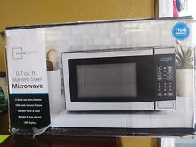 Microwave Oven Stainless Steel 700W Output 10 Power Levels 0 7 cu ft Compact NEW