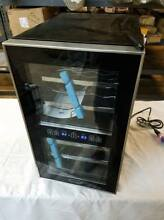 Whynter WC 181DS 18 Bottle Dual Zone Touch Control Wine Cooler  Black with Stain